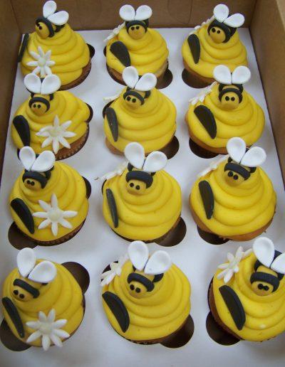 Cake Shop Cupcakes 10